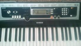 Yamaha keyboard YPT-210