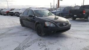 2003 Nissan Altima SE 3.5L Leather & SunRoof!! 2 Sets Of Tiers &