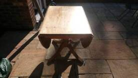 Ducal solid pine extending table