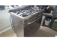 Baumatic oven with spit roast and 5 hobs, good condition