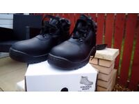 Mens Chukka Safety Work Boot size 9