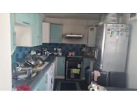 Kitchen Cabinet Units Including Cooker and Sink