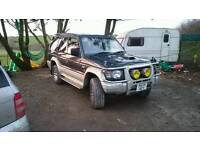 Mitsubishi Pajero low mileage vgc instead and out
