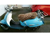 Aprilla habna retro scooter 125cc