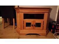 Stunning solid oak corner TV cabinet for sale.