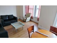 Recently Decorated 2 bedrooms Flat in between Seven Kings & Newbury Park Stations---No DSS please