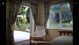 Mon-Fri Quiet annex with WiFi, Bathroom, Cooking ,Parking, Laundry and Garden bills included