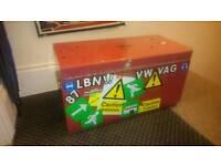 Empty top tool chest box