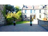 7 bedroom flat in Dee Street, Aberdeen, AB11 (7 bed)