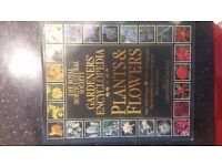 Gardeners' Encyclopedia of Plants & Flowers