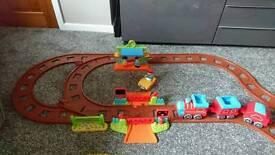 Happyland train set Inc extra train track