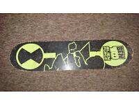 Boys skate board £5 ono