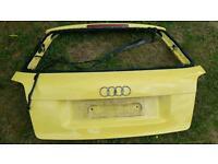 Free. Audi a3 8p rear boot door in yellow