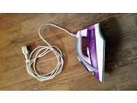 Philips Easycare 3240 iron in pink