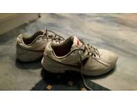 Nike trainers UK size 9 in very good condition