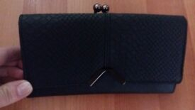 New Ladies Womens Lovely Black Purse