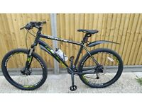 AS NEW WHYTE 2016 801 MOUNTAIN BIKE - BLACK XL - IMMACULATE - NEVER SEEN THE ROAD