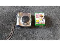 Fuji Instax Mini 10 Polaroid style instant camera and 20 sheets of film