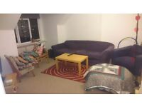 Gorgeous 2 bedroom flat in redland. Available immediately