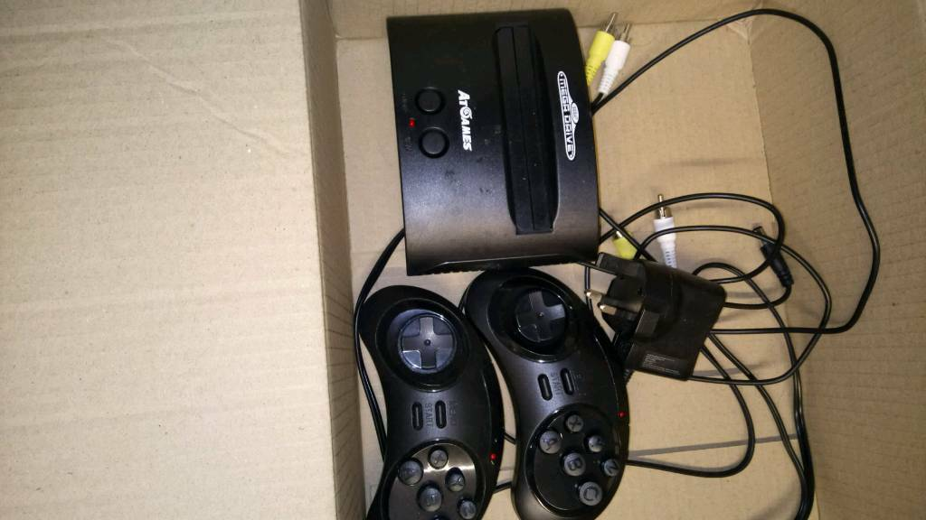 Sega mega drive 80 built in games (only been used once)