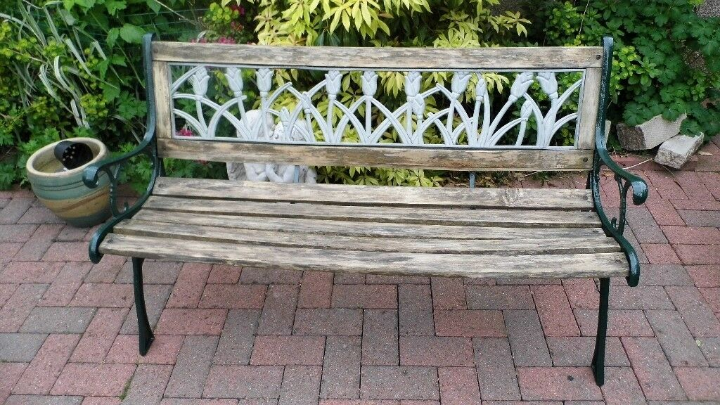 Tremendous Small Garden Bench In Good Condition In Kirkliston Edinburgh Gumtree Gamerscity Chair Design For Home Gamerscityorg