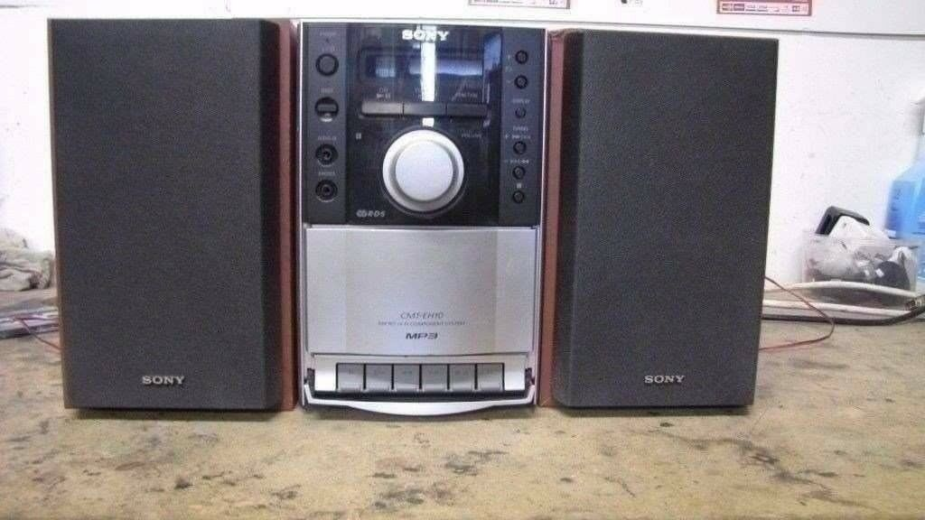 SONY CMT EH10 BOOKSHELF STEREO SYSTEM