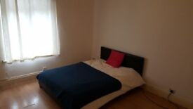 Large clean double room, no deposit required with 152mb+ wifi