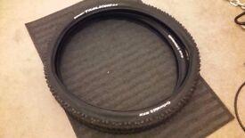 2 Almost brand new MTB tyres - 27.4 x 2.4'' - Conti Trail King, folding, mountainbike