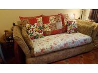 KNOLE / DROP-ARM 3 Seater Sofa