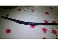 Bontrager Rhythm Pro Carbon handlebars, 31.8mm clamp, 750mm uncut width, 15mm rise