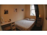 East Finchley / Northern Line 2 Rooms Available Double for single use or En-Suite