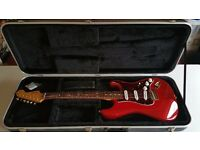 Fender Deluxe Players Stratocaster with ABS Hard Case
