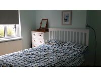 Bright,quiet double room in Hove for short-term rent