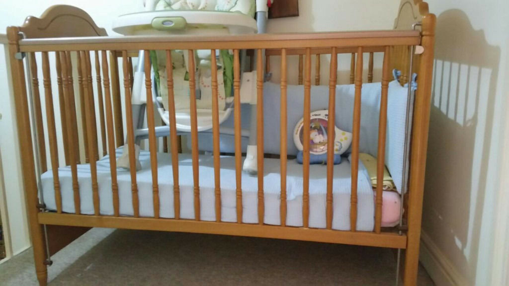 Wooden Baby Cot Bed & Deluxe Mattress
