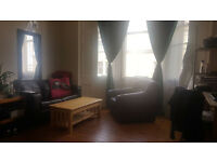Large double room in 2 bed flat- Bruntsfield area