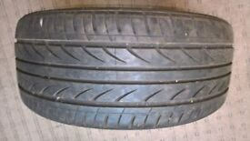 225 40 18 part worn tyre ZR rated