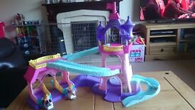 Little people princess klip klop horse stable