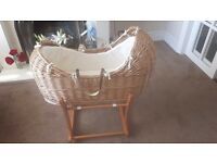 Beautiful bassinet moses basket comes with 2 mattresses
