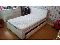 Small double bed / Mattress