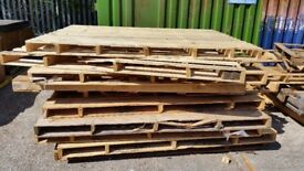 Free Over Size Pallets Good for FIre Wood / Fencing / Decking / Craft Making