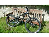NORCO RANGE 7.1 DOWNHILL/ALL ROUND MOUNTAIN BIKE