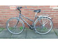 Ladies Raleigh Hybrid bike. Excellent condition. 21 inch frame. 700 wheels. Ready to ride