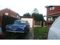 Rover p6 classic barn find