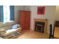 2 spacey and bright double rooms to rent!