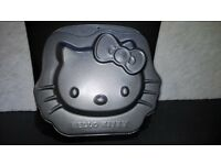 HELLO KITTY CAKE BAKING TIN NON STICK NEW
