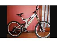 Mondraker kieser downhill mountain bike