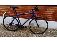 🚲 Carrera Gryphon flat bar road hybrid bike - Fully Serviced