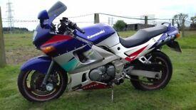 Kawasaki zzr 600 E 1995 M reg In very good condition full years mot v5