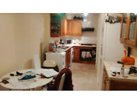 Large 2 double bedroom flat with 2 bathrooms in Fulham Broadway . 3min walk to Fulham Broadway Tube