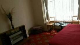Double room in b66 70p.w all bills inclusive